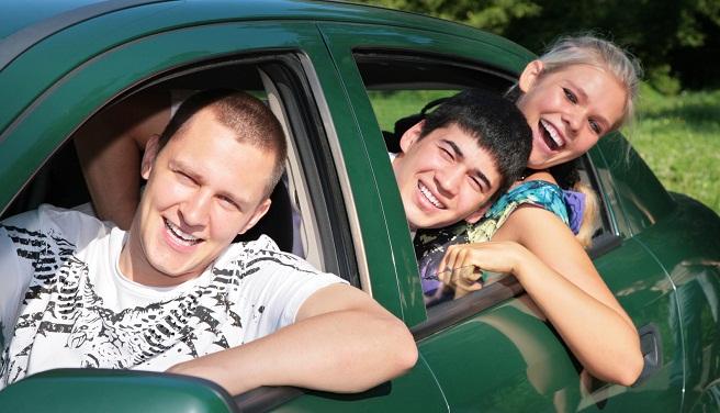 Friends in car