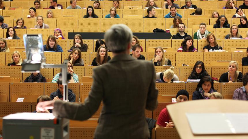 alemania estudiantes universidad.jpg